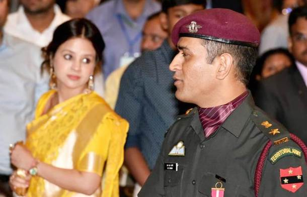 New Delhi: Indian cricketer M.S. Dhoni  with wife Sakshi Singh during the Padma Awards 2018 function at Rastrapati Bhawan in New Delhi on Monday. PTI Photo by Atul Yadav(PTI4_2_2018_000270B)