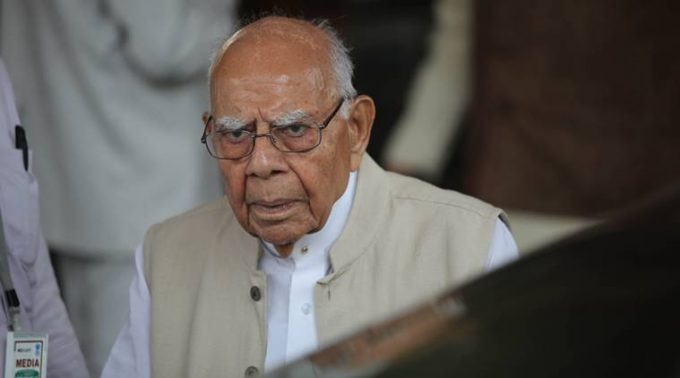 Ram Jethmalani at the Parliament on thursday. Express Photo by Tashi Tobgyal New Delhi 210716 *** Local Caption *** Ram Jethmalani at the Parliament on thursday. Express Photo by Tashi Tobgyal New Delhi 210716