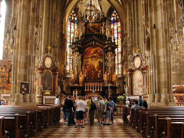 24e9090a96fa260fed992f2c4c56665d--st-stephens-cathedral-vienna-catacombs