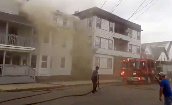 59kbqbl8_boston-fire-reuters_625x300_14_September_18