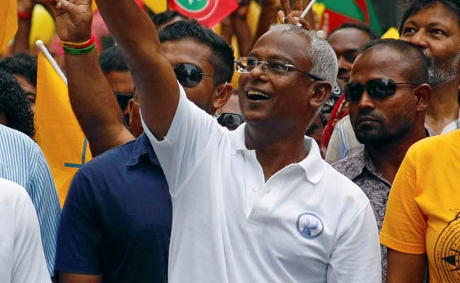 fbsjo5a4_ibrahim-mohamed-solih-reuters_625x300_24_September_18