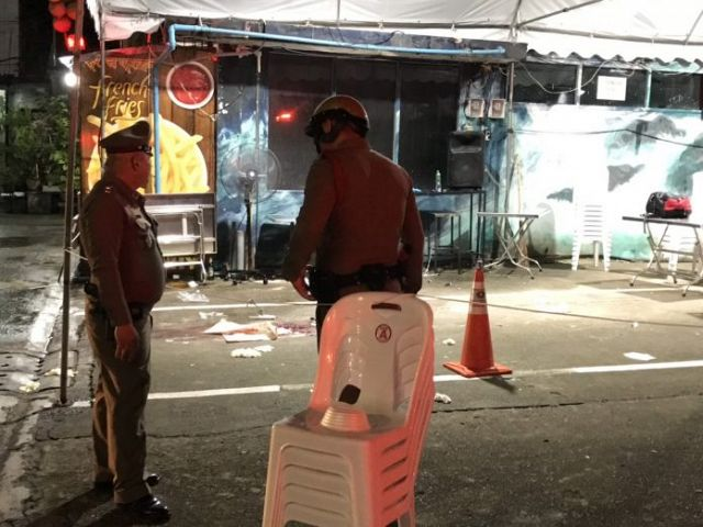 two-tourists-die-after-getting-caught-in-gunfight-between-rival-gangs-near-bangkok-platinum-mall-world-of-buzz-4