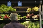Don't eat romaine lettuce; Americans and Canadians are warned