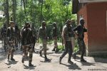 Suspected separatists shoot dead five in Assam