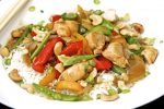 Chicken & Cashew Stir-Fry That's Tasty and Easy to Make