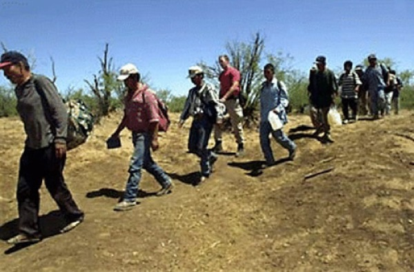 illegal-immigrants-coming-to-am[1]