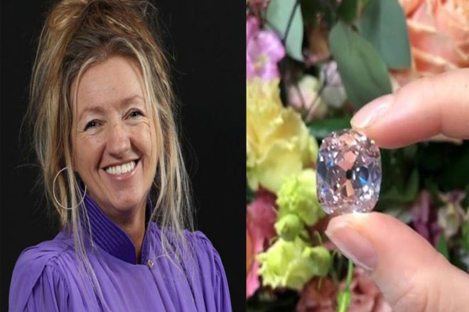 LADY-WITH-DAIMOND