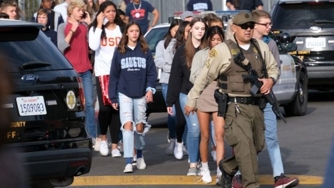 1-Saugus-High-School-shooting-hug