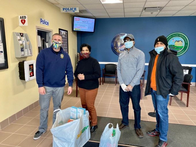 Mount Olive St Thomas Orthodox Church visits Police Station with supplies and food