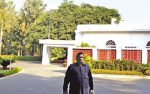 Former Presidents, Prime Ministers and Chief Ministers should not be allotted government bungalows; Amicus Curiae