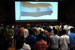 സിനിമാ തിയറ്ററുകളിലെ ദേശീയ ഗാനം; ഉത്തരവിട്ട കോടതി തന്നെ നിലപാടു മാറ്റി; ഇനി മുതല് തിയ്യേറ്ററുകളില് ദേശീയ ഗാനം നിര്ബ്ബന്ധമില്ലെന്ന്