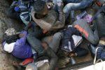 Walk or die: Algeria strands 13,000 migrants in the Sahara
