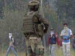 पुलिसकर्मियों के घर में घुस आतंकियों का हमला, कहा- नौकरी छोड़ो वरना कर देंगे कत्ल