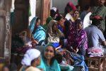 പ്രളയബാധിതര്ക്ക് സഹായധനം കൈമാറാന് കഴിയുന്നില്ലെന്ന് അധികൃതര്; ബാങ്ക് അക്കൗണ്ടുകളുടെ അപര്യാപ്ത കാരണമെന്ന്