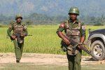 Rakhine rebels kill 13 Myanmar police in brazen raids