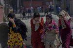 പുല്വാമ ഭീകരാക്രമണം; ബജ്രംഗ് ദള്-വിഎച്ച്പി പ്രവര്ത്തകര് കശ്മീരി വിദ്യാര്ത്ഥികള്ക്ക് നേരെ ആക്രമണം അഴിച്ചു വിടുന്നു