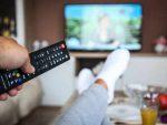 4 घंटे से ज्यादा बैठकर टीवी देखने से दिल की बीमारी का खतरा