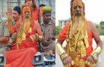 ഗോള്ഡന് ബാബ' വീണ്ടും: ഇക്കുറി ദേഹത്ത് 14 കിലോ സ്വര്ണ്ണം മാത്രം!