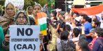 പൗരത്വ നിയമ ഭേദഗതി: നിരോധനാജ്ഞ ലംഘിച്ച് ഡല്ഹിയില് പ്രകടനവും പ്രതിഷേധവും; ഇന്റര്നെറ്റ് സേവനങ്ങള്ക്ക് താഴിട്ട് കേന്ദ്രം