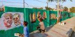 ട്രംപിന്റെ ഇന്ത്യാ സന്ദര്ശനം: അഹമ്മദാബാദില് ചേരിയെ മതില് കെട്ടി മറച്ച് പെയിന്റടിച്ചു; മറ്റൊരു ചേരിയിലെ 45 കുടുംബങ്ങളെ കുടിയൊഴിപ്പിച്ചു