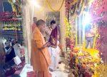 അയോദ്ധ്യയിലെ രാംലാല താല്ക്കാലിക ക്ഷേത്രത്തിലേക്ക് മാറ്റി: മുഖ്യമന്ത്രി യോഗി ആദിത്യനാഥ് സാക്ഷിയായി
