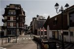 Covid-19: France lockdown extended for another month
