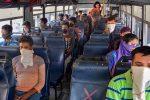 ബസ്സില് കോവിഡ്-19 ബാധിച്ച ദമ്പതികളുണ്ടെന്നറിഞ്ഞ യാത്രക്കാര് ഇറങ്ങിയോടി, പുറകെ കണ്ടക്ടറും