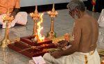 ഡാളസ് ശ്രീ ഗുരുവായൂരപ്പൻ ക്ഷേത്രത്തിലെ ഹോമാഗ്നിയിൽ ഉണ്ണികൃഷ്ണന്റെ രൂപം