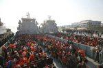 റോഹിംഗ്യകളുടെ ഏറ്റവും വലിയ സംഘത്തെ ബംഗ്ലാദേശ് ഒറ്റപ്പെട്ട ദ്വീപിലേക്ക് മാറ്റുന്നു