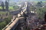 ഈജിപ്തില് പാസഞ്ചർ ട്രെയിനുകൾ കൂട്ടിയിടിച്ച് 32 പേർ മരിച്ചു